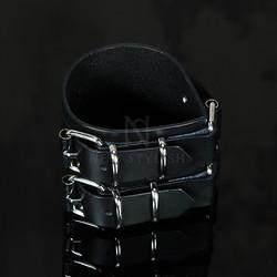 Pin-buckle Leather Wrap Bracelet