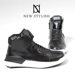 Futuristic angulate rubber sold lace-up mid-top sneakers