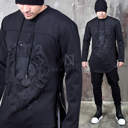 Embossed lion round hem shirts