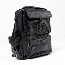 Metal hook closure square leather backpack