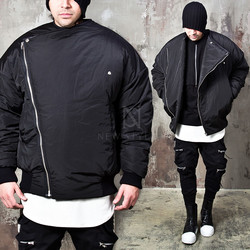 Diagonal zip-up oversized fit padded jacket