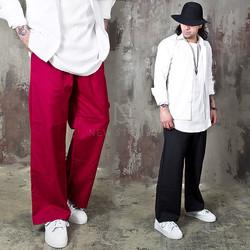Lettering accent loose fit cotton pants