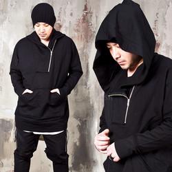 Diagonal zippered black anorak hoodie