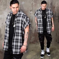 Checkered sleeveless boxy shirts