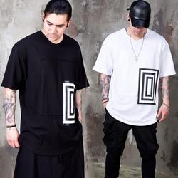 Geometric figure printed round hem t-shirts