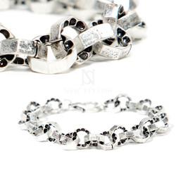 Octagonal ring chain bracelets