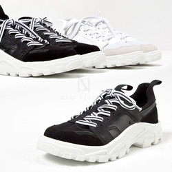 Rubber gear sole striped lace sneakers