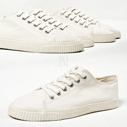 Basic ivory canvas sneakers