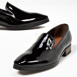 Sharp glossy black shoes