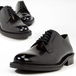 Simple lace-up glossy shoes