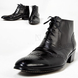 Wing tip brogue lace-up ankle boots