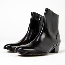Black plain toe high heel ankle boots