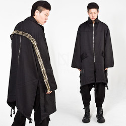 Asymmetric zigzag gold line coat