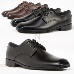 Square toe lace up shoes