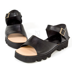 Zigzag thick outsole sandals