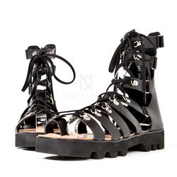 Zigzag outsole gladiator sandals
