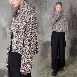 Avant-garde leopard crop shirts