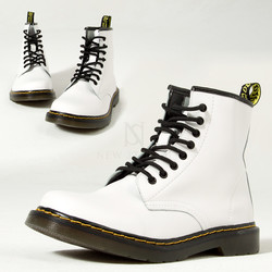 Contrast stitch white leather lace-up boots