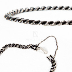 Squared button metal chain bracelet