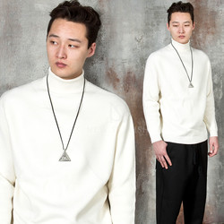 Simple turtle-neck shirts