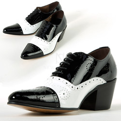 Contrast brogue high heel shoes
