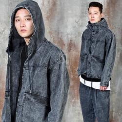 Washed denim hooded crop jacket