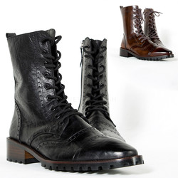 Straight-tip brogue leather boots