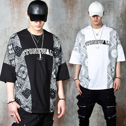 Bandanna contrast lettering batwing t-shirts