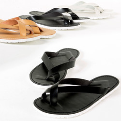 Flat leather flip flop