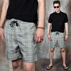 Glen plaid banded shorts