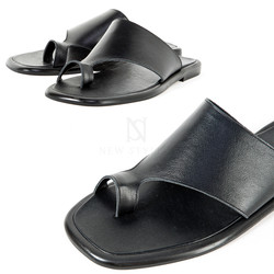 Black leather toe slide slipper