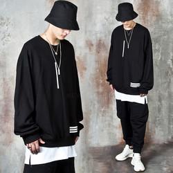 Line contrast sweatshirts