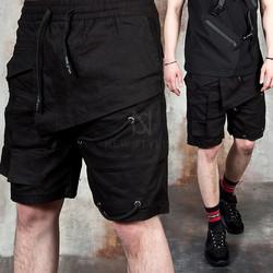 Unique cover pocket cargo shorts