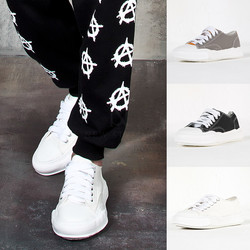 Contrast canvas wide sneakers