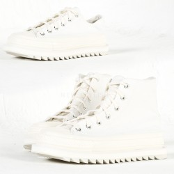 Saw edge outsole white canvas sneakers