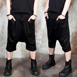 Low crotch baggy capri pants
