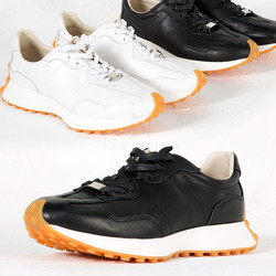 Contrast outsole lace-up sneakers