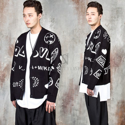 Letter and drawing printed knit cardigan