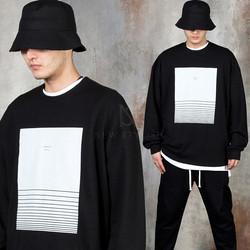 Square printed t-shirts
