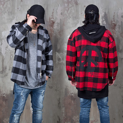 Hooded checkered zip-up jacket