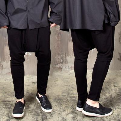Low crotch wrinkled baggy sweatpants