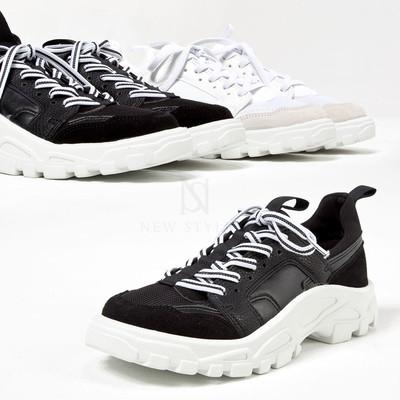 Rubber gear sole striped lace sneakers