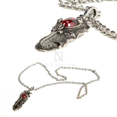 Dragon eye vintage necklace