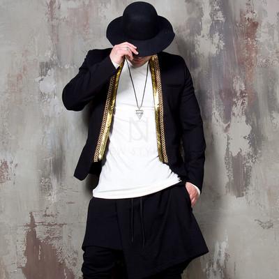 Gold metal collar accent blazer