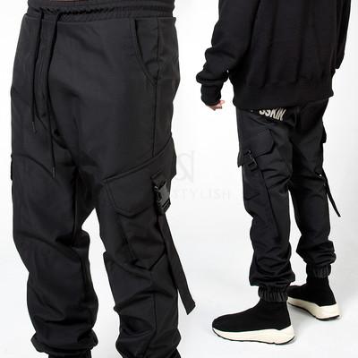 Big strap belted cargo black banding pants