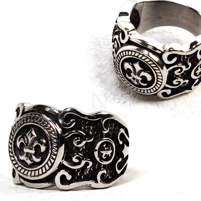 Scout embelm engraved metal ring