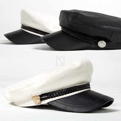 Button accent leather marine cap