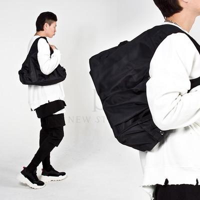 Multiple pocket big shoulder bag