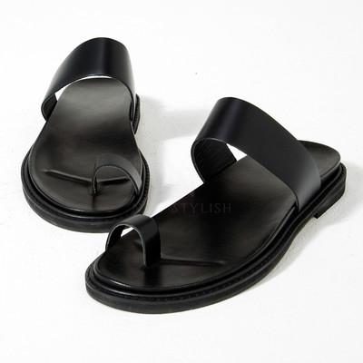 black leather big toe slipper