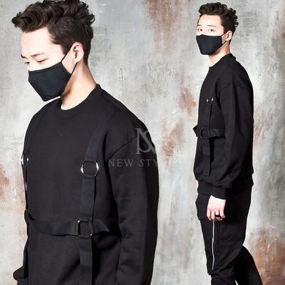 4 way O-ring strap black sweatshirts
